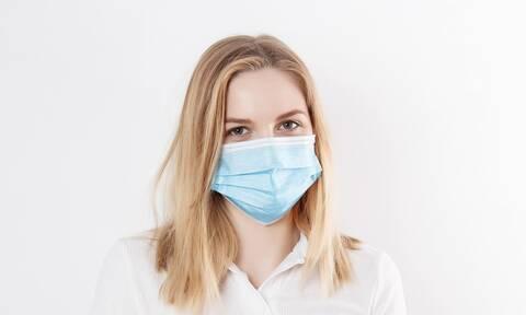 Κορονοϊός: 11 συμπτώματα που δεν πρέπει να «προσπεράσεις»