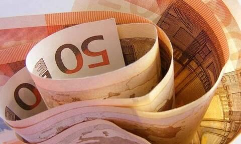 «Βρέχει» λεφτά τον Δεκέμβριο: Πότε πληρώνονται επιδόματα, συντάξεις και αποζημιώσεις