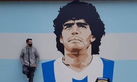Ηλίας Στύλος στο Onsports: «Με οδηγούσε το χέρι του θεού στο γκράφιτι του Μαραντόνα» (photos)
