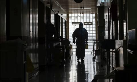 Κορονοϊός-Καβάλα: Συγκίνηση για την 62χρονη νοσηλεύτρια – Συνάδελφός της δίνει μάχη στη ΜΕΘ