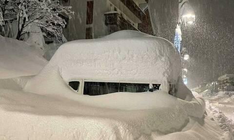 Καιρός: Εριξε μέτρα... χιόνι στις Αλπεις και συνεχίζει! Απίστευτες φωτογραφίες