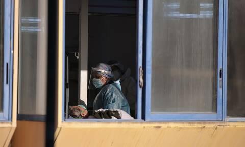 Κορονοϊός - Λέσβος: Κατέληξαν τρεις ηλικιωμένοι - 17 άνθρωποι νοσηλεύονται στο νοσοκομείο