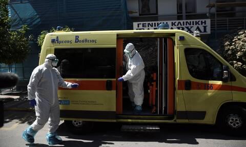 Κορονοϊός: 1.251 κρούσματα σε μόλις 6.105 τεστ - Έντονη ανησυχία σε επιστήμονες και κυβέρνηση