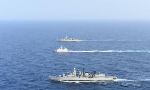 Ελλάδα - ΗΑΕ: Συνεκπαίδευση μονάδων του Πολεμικού Ναυτικού των δύο χωρών - Εντυπωσιακές εικόνες