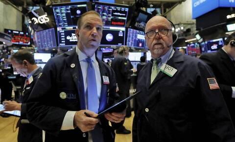 Από ρεκόρ σε ρεκόρ η Wall Street - Νέα πτώση για το πετρέλαιο