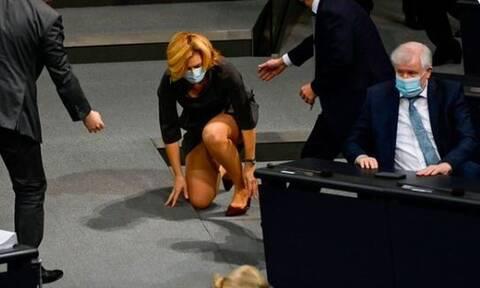 Έγινε viral: Η τούμπα της Γερμανίδας υπουργού Αγροτικής Ανάπτυξης στη Βουλή (pics)
