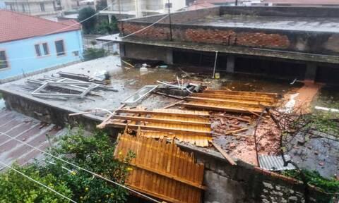 Κακοκαιρία: Εικόνες Αποκάλυψης στον Αστακό - Ανεμοστρόβιλος προκάλεσε σοβαρές ζημιές (pics)
