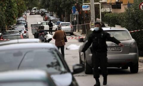Εκτέλεση στα Βριλήσσια: Οι δράστες τράπηκαν σε φυγή και έκαψαν το αμάξι τους
