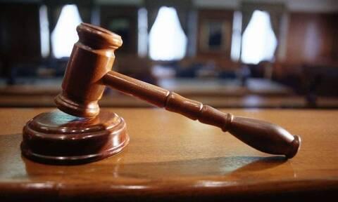 Ποινική δίωξη για δύο κακουργήματα στην σπείρα που διακινούσε ναρκωτικά σε Δυτική Αττική και Πειραιά