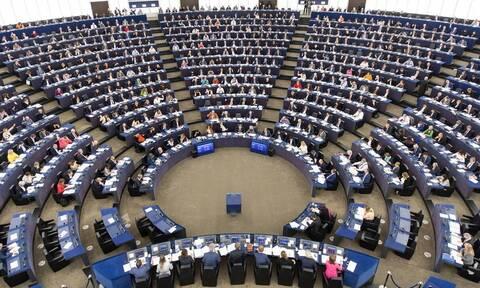 Γερμανοί και Έλληνες ευρωβουλευτές: Καλούν τη Μέρκελ να αναστείλει την εξαγωγή υποβρυχίων