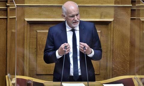 Εμφανίστηκε ο Γιώργος Παπανδρέου στη Βουλή - Η τοποθέτησή του υπέρ του νομοσχεδίου της κυβέρνησης