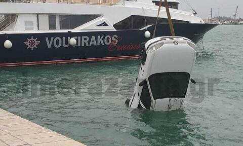 Ζάκυνθος: Αυτοκίνητο έπεσε στη θάλασσα – Δεν είχε επιβάτες