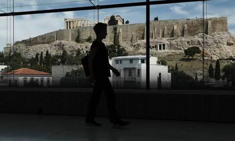 Μενδώνη: Η αδράνεια του ΣΥΡΙΖΑ φταίει για την Ακρόπολη