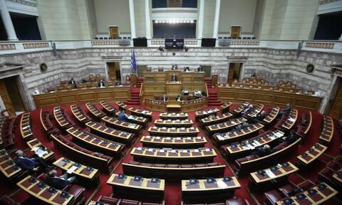 Βουλή: Άγρια αντιπαράθεση για τα αποτελέσματα της Συνόδου Κορυφής