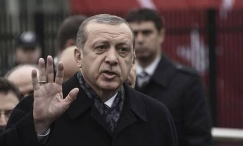 Τουρκία-Ιράν: Διπλωματική διένεξη με αφορμή ένα ποίημα του Ερντογάν στο Αζερμπαϊτζάν