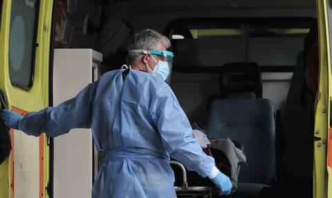 Κρούσματα σήμερα: 693 νέα ανακοίνωσε ο ΕΟΔΥ - 85 θάνατοι σε 24 ώρες - 552 οι διασωληνωμένοι