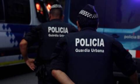Ισπανία: Συνελήφθησαν δύο άνδρες που πουλούσαν ναρκωτικά για να χρηματοδοτήσουν φυλετικό πόλεμο