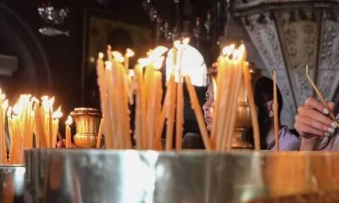 Ιερά Σύνοδος εναντίον Κυβέρνησης για τις κλειστές εκκλησίες μέσα στις γιορτές
