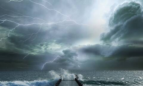 Καιρός: Μεγάλη προσοχή! Επικίνδυνα φαινόμενα τις επόμενες ώρες - Ποιες περιοχές θα μπουν στο «μάτι»