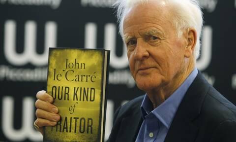 Πέθανε ο διάσημος Βρετανός συγγραφέας Τζον Λε Καρέ