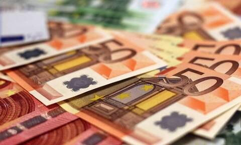 Αντίστροφη μέτρηση για τη μείωση φόρων με γονικές παροχές και δωρεές