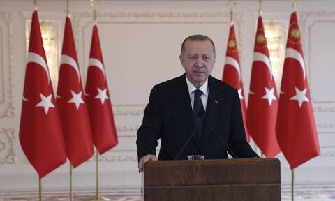 Έξαλλος ο Ερντογάν: Οργή στην Τουρκία για τις κυρώσεις των ΗΠΑ - Απειλεί ευθέως την Ουάσιγκτον
