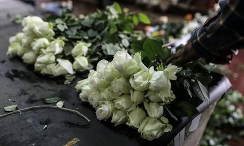 Κορονοϊός: Επιτρέπεται από σήμερα (16/12) η πώληση ανθών και φυτών στις λαϊκές αγορές