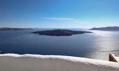 Καλύτερο νησί της Ευρώπης η Σαντορίνη - Πρωτιές για την Ελλάδα στα βραβεία Global Travel