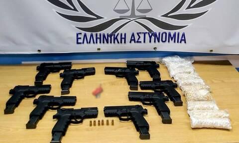 Συναγερμός για κατάσχεση στον Έβρο όπλων made in Turkey
