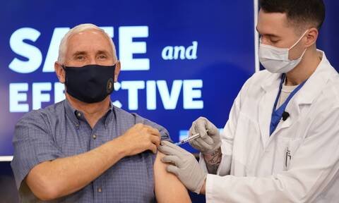 Κορονοϊός ΗΠΑ: Ο Μάικ Πενς εμβολιάστηκε σε ζωντανή μετάδοση (vid)