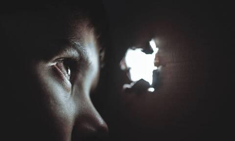 Απίστευτο: Αποφυλακίστηκε βιαστής ανήλικων κοριτσιών