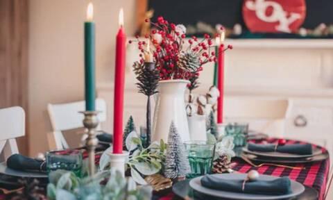Η «μάχη» με τον κορονοϊό θα δοθεί στα οικογενειακά τραπέζια – Οι προειδοποιήσεις για τα ρεβεγιόν