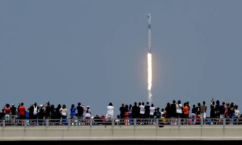 Ανασκόπηση 2020: Η πρώτη εκτόξευση ιδιωτικής επανδρωμένης πτήσης στο διάστημα