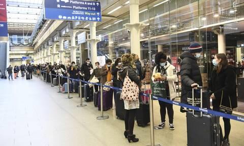 Μετάλλαξη κορονοϊού: Σύσκεψη στη Βρετανία - Θα εξεταστούν ο εφοδιασμός και οι εξαγωγές