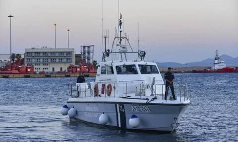 Ακυβέρνητο δεξαμενόπλοιο στο Κάβο Ντόρο
