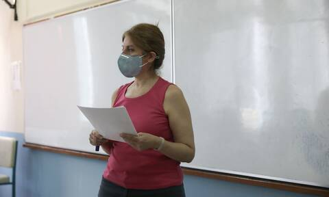 Σχολεία: Διχογνωμία των ειδικών για το άνοιγμά τους - Πότε θα ληφθούν οι αποφάσεις