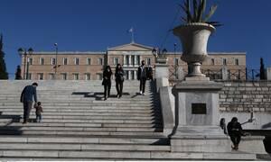 Ανασκόπηση 2020: Τα σημαντικότερα γεγονότα στην Ελλάδα τη χρονιά που φεύγει