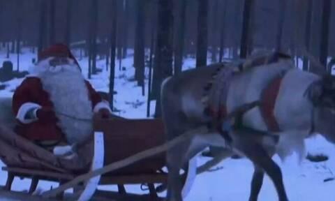 Ο Άγιος Βασίλης ξεκίνησε το μεγάλο του ταξίδι (video)