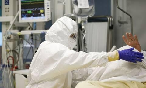 Κορονοϊός: Παγκόσμιος συναγερμός - Εντοπίστηκε και τρίτη μετάλλαξη του ιού