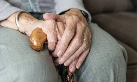 Τί θα επιφέρει η μείωση της συνταξιοδοτικής δαπάνης που προτείνει η Έκθεση Πισσαρίδη