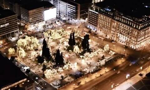 Εντυπωσιακό βίντεο: Η χριστουγεννιάτικη Αθήνα από ψηλά