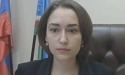 Σάλος στη Ρωσία: Κομμουνιστής βουλευτής αφαιρέθηκε από το όμορφο στήθος συναδέλφου του