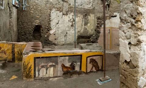 Ιταλία: Το αρχαίο… φαστ φουντ της Πομπηίας έφερε στο φως η αρχαιολογική σκαπάνη (pics+vid)