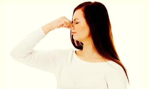 Κακοσμία σώματος: 6 «ύπουλες» αιτίες που πιθανώς αγνοείτε (εικόνες)