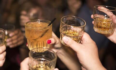 Χαλκιδική: «Καμπάνα» 3.000 ευρώ σε διοργανωτή πάρτι στη Ν. Καλλικράτεια – Επτά συλλήψεις