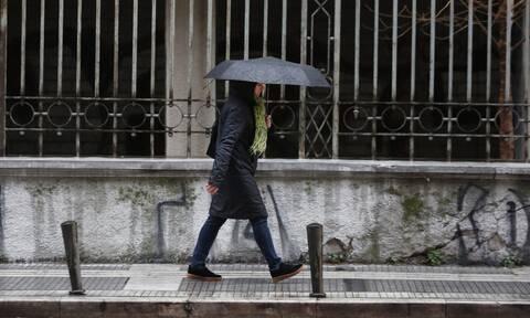 Καιρός: Καταιγίδες και πτώση της θερμοκρασίας τη Δευτέρα - Πού θα χιονίσει
