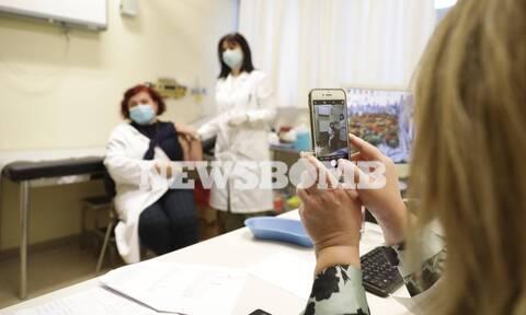Κορονοϊός: Ποιοι εμβολιάζονται σήμερα - Τι προβλέπει ο σχεδιασμός για την «Ελευθερία»