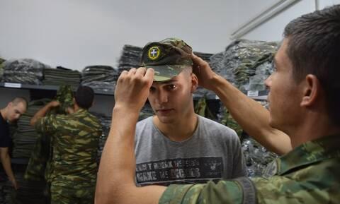 Στρατιωτική θητεία: Ολοταχώς για αύξηση - Πότε και πόσο θα αυξηθεί