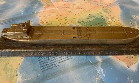 Απίστευτο: Βρέθηκε σε πανέρι παλαιοπώλη ρέπλικα που άνηκε στον Ωνάση