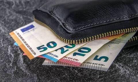 ΑΑΔΕ: Διαγραφή χρεών για 118.906 φορολογούμενους - Ποιους αφορά